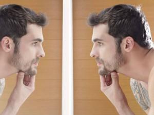 A barba crescida exige manutenção básica duas vezes por semana