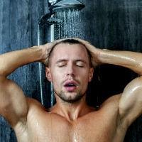 Homem No Espelho - Banho..