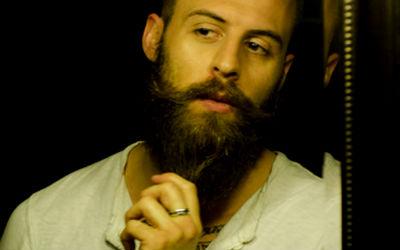 Homem No Espelho - Cuidados com a barba-2