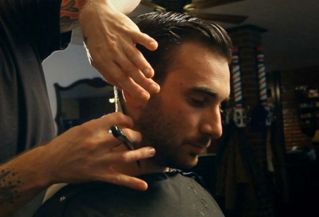 Tomcats-Barbershop-Greenpoint-NYC-UntappedCities-Christopher-Inoa-Brookyln