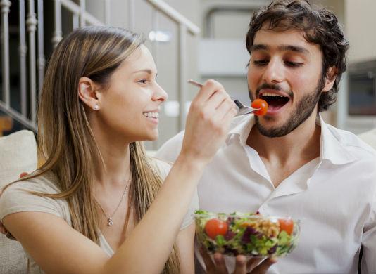 Homem No Espelho - 7 passos para sua dieta ficar mais saudável