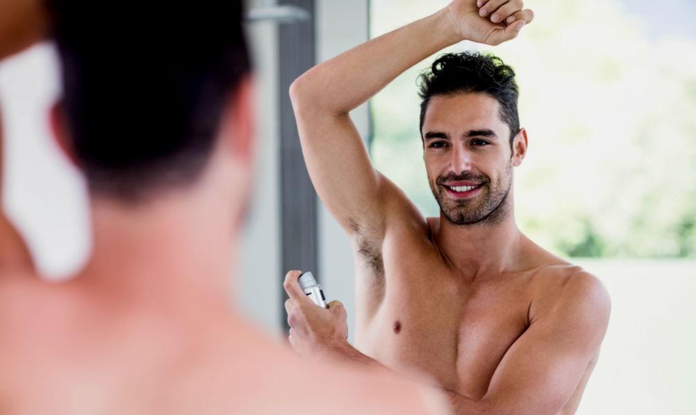 Homem No Espelho - Tipos de desodorantes - suor - transpiração