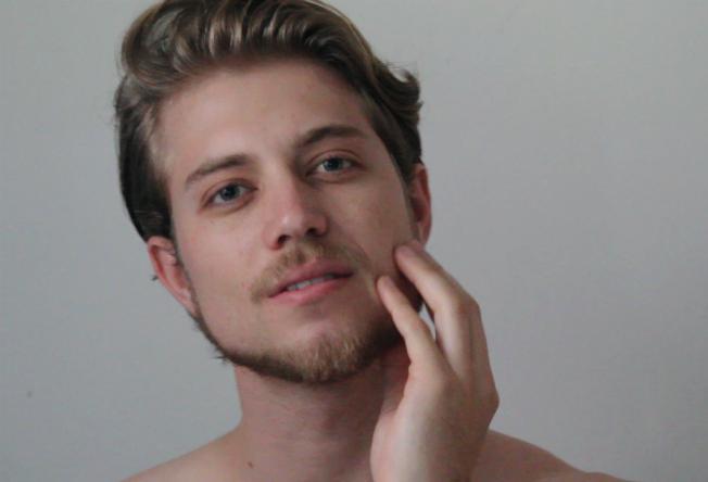 Vídeo novo no YouTube: cuidados para a pele do homem
