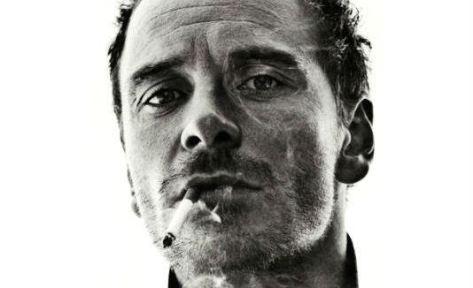 Homem No Espelho - Cigarro detona cabelo e pele