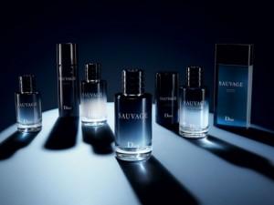 homem-no-espelho-perfume-sauvage-dior