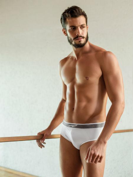Homem No Espelho - Moda masculina - como escolher o modelo ideal de cueca - slip