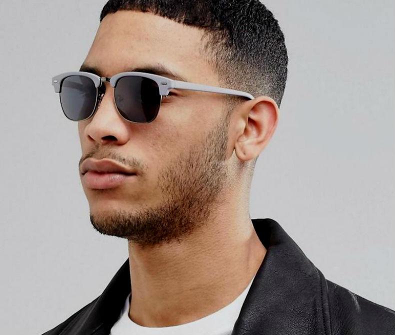 Homem No Espelho - Cores das lentes dos óculos escuros - de sol - lente cinza