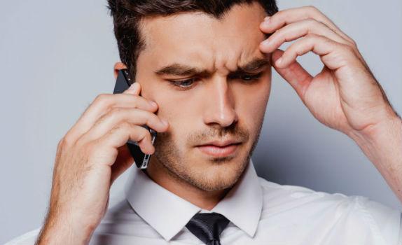 Homem No Espelho - O celular está deixando você ansioso e deprimido