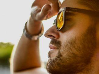 55c4200e7616c Arquivo para óculos de sol - Homem no Espelho
