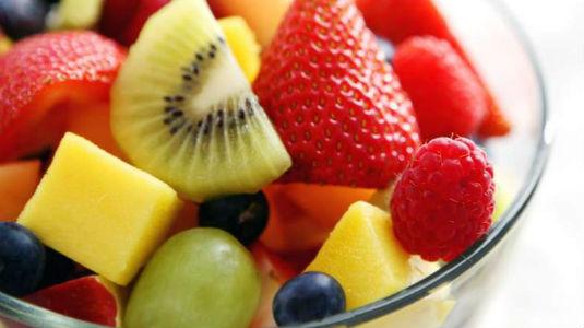 Homem No Espelho - Alimentos que fazer bem para a pele-Frutas