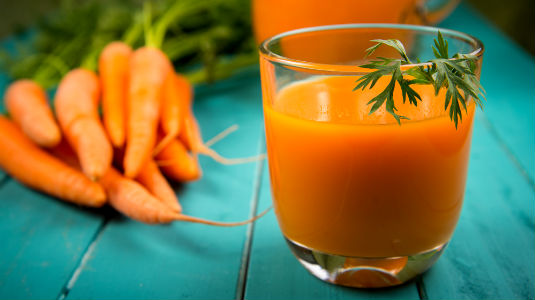 Homem No Espelho - Alimentos que fazer bem para a pele-Mamão, cenoura, abóbora