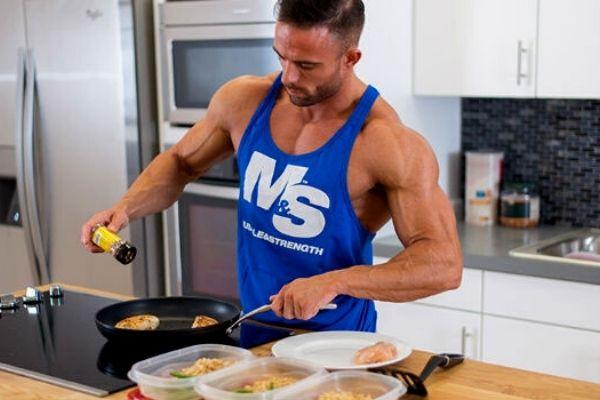 Homem-No-Espelho-O guia do iniciante que vai começar a treinar-dieta e alimentação
