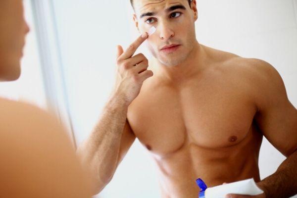 Homem No Espelho - Como prevenir e diminuir manchas de pele