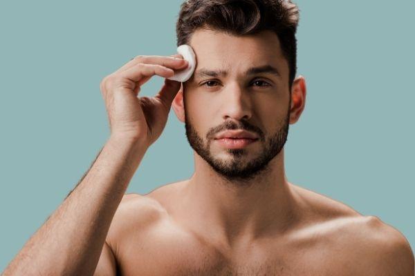 Homem No Espelho - 3 passos fundamentais para cuidar da pele do rosto (1)